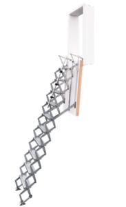 Exclusief verticale schaartrap met wanddeur naar de berging of uw vliering